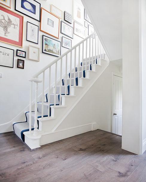 Main staircase William Gaze Ltd Pasillos, vestíbulos y escaleras clásicas
