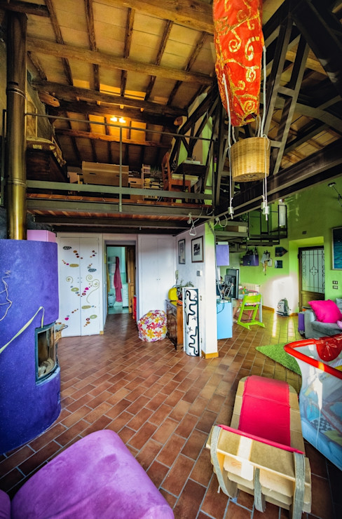 Living room with brio Studio Prospettiva Salas de estilo ecléctico