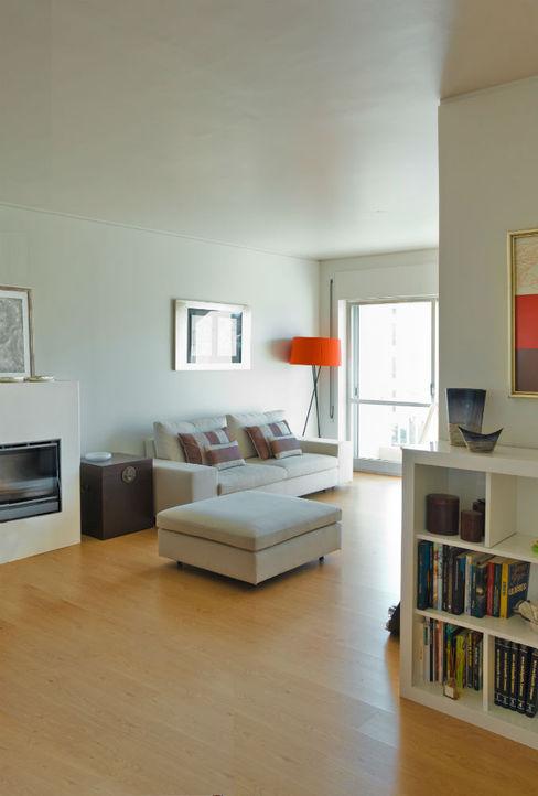 Germano de Castro Pinheiro, Lda 现代客厅設計點子、靈感 & 圖片