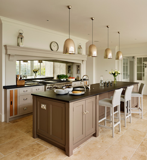 Ashurst House | Classic Contemporary Orangery Kitchen Humphrey Munson Kitchen