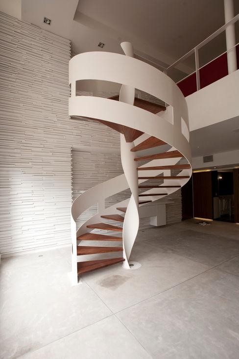 Recibidor Mob Pasillos, vestíbulos y escaleras modernos