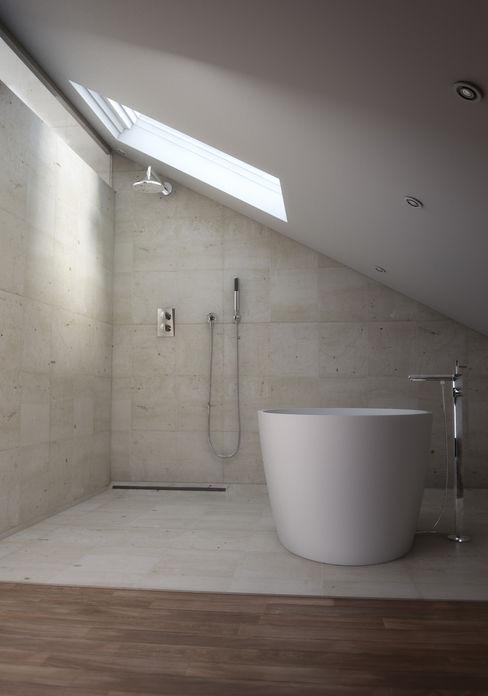 Lemons Bucket Minimal style Bathroom