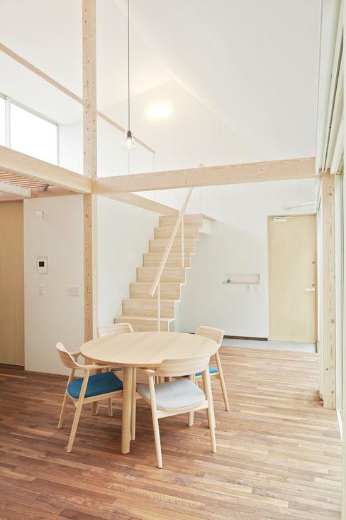 白砂孝洋建築設計事務所 Ruang Keluarga Minimalis