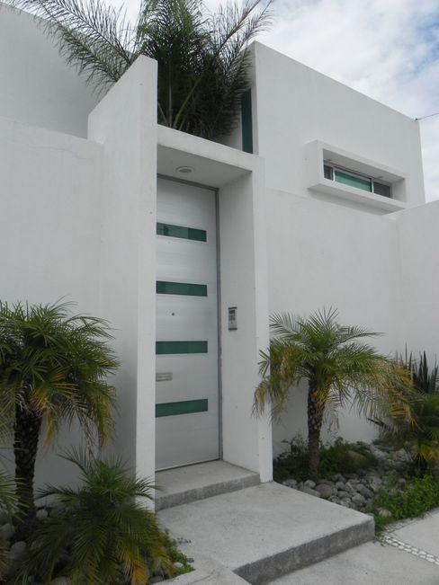 ARKIZA ARQUITECTOS by Arq. Jacqueline Zago Hurtado Minimal style window and door Aluminium/Zinc Grey