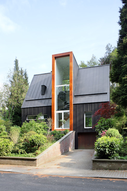 ici architectes sprl Eclectic style houses