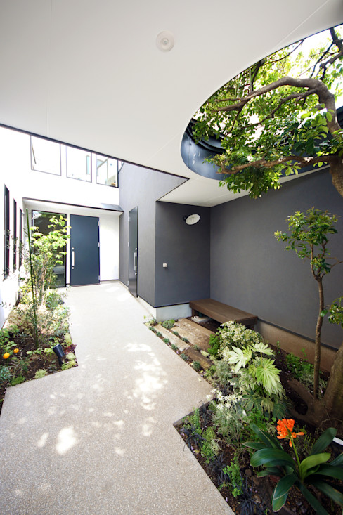 TERAJIMA ARCHITECTS/テラジマアーキテクツ Jardines de estilo moderno
