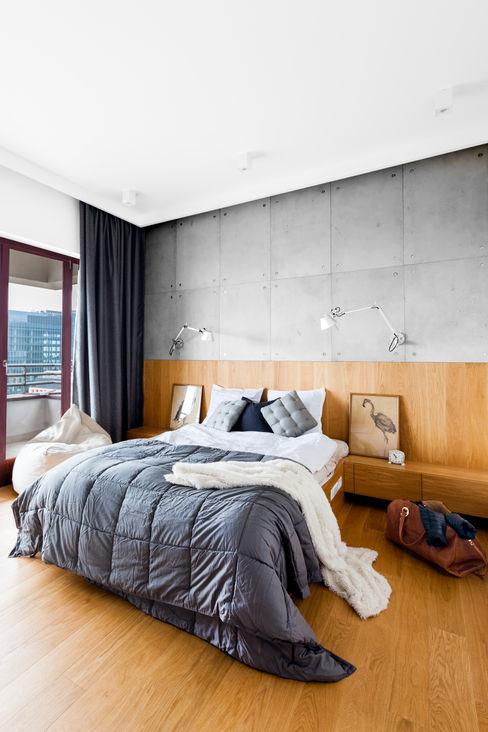 Contractors Dormitorios modernos: Ideas, imágenes y decoración Hormigón Gris