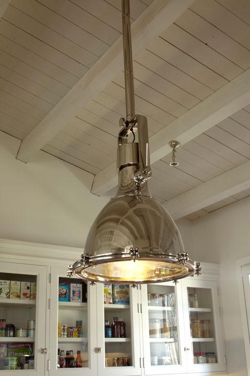 Iluminación DEULONDER arquitectura domestica Cocinas de estilo industrial