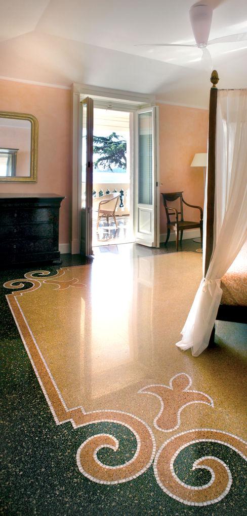 pavimenti in seminato alla genovese vigo mosaici s.n.c Pareti & Pavimenti in stile classico