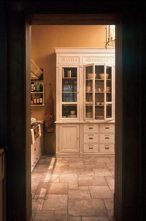 Credenza Anna Paghera s.r.l. - Interior Design Cucina in stile rustico