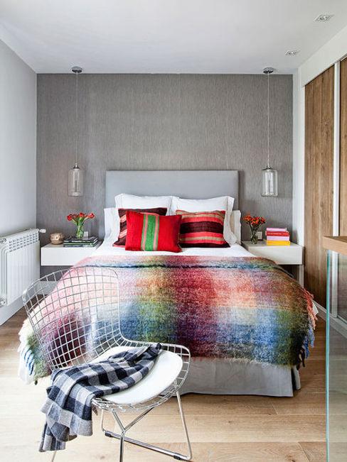 LOFT IN MADRID 2013 BELEN FERRANDIZ INTERIOR DESIGN Dormitorios de estilo moderno