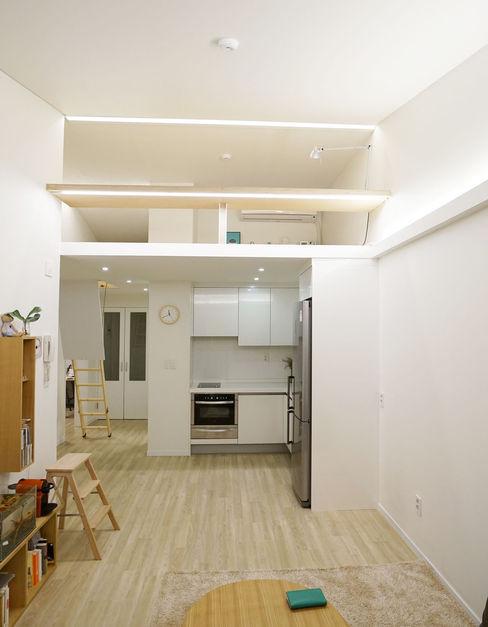 IDÉEAA _ 이데아키텍츠 Modern living room MDF Metallic/Silver