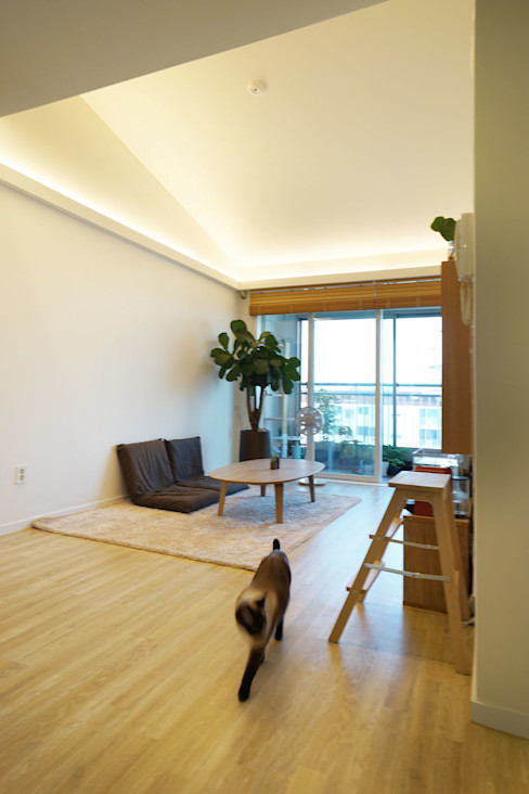 H 아파트 17평형 리모델링 ( 다락과 고양이) IDÉEAA _ 이데아키텍츠 모던스타일 거실 MDF 베이지