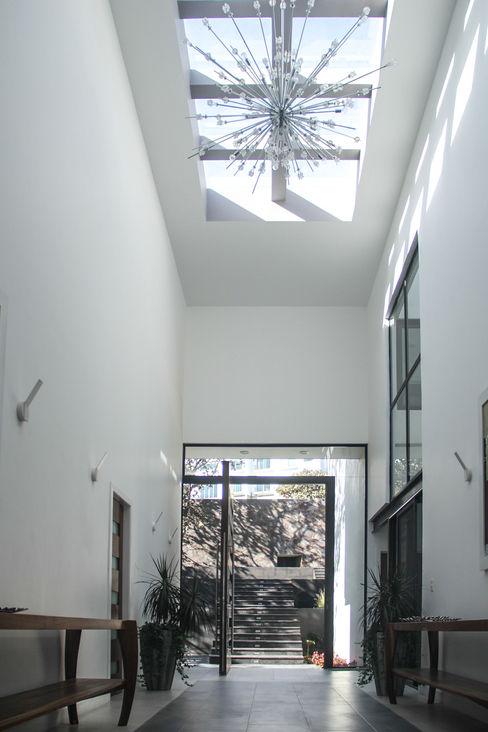 Ingreso aaestudio Puertas y ventanas modernas