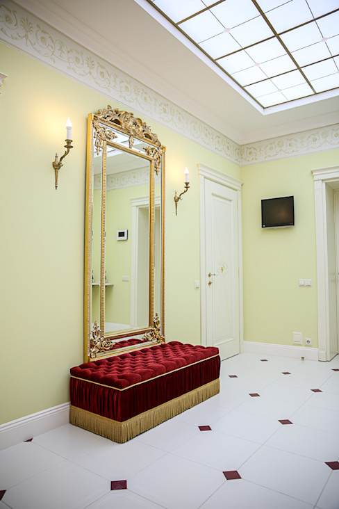 Sian Kitchener homify Classic style corridor, hallway and stairs