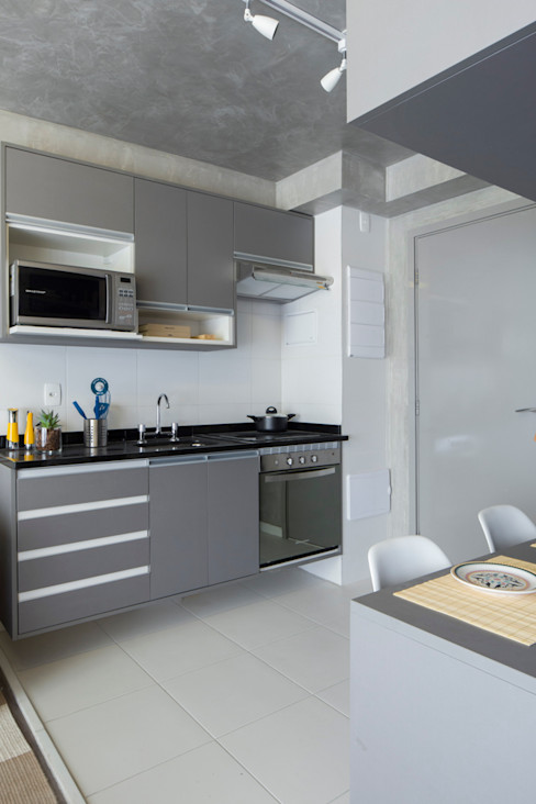 SESSO & DALANEZI Modern Kitchen Grey