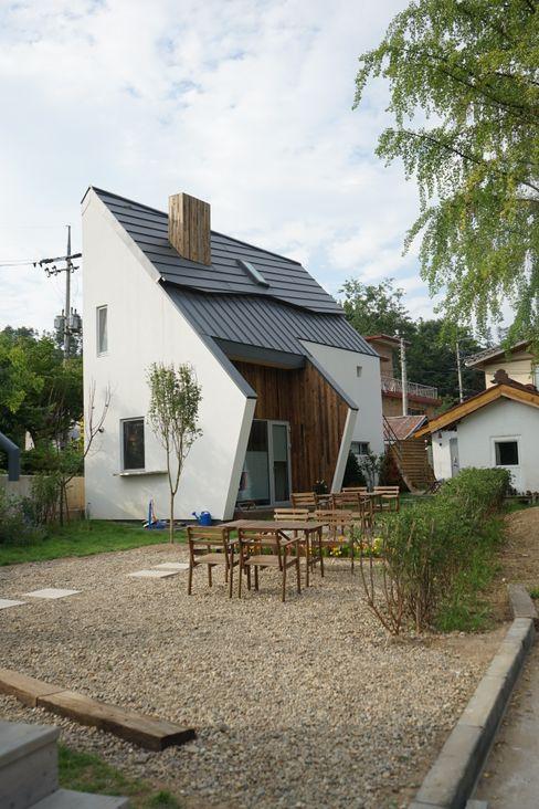 건축사사무소 스무숲 Casas modernas: Ideas, imágenes y decoración Blanco