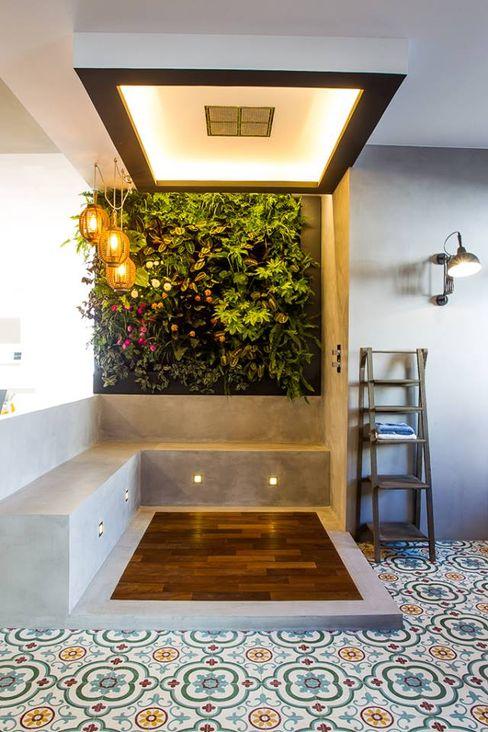 Badalona Home Design CONTRACT SOLUTIONS Jardines de estilo industrial