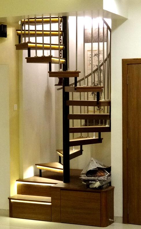 Rajeev Sapre Residence Nuvo Designs Modern corridor, hallway & stairs