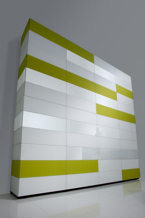 Avelis GmbH & Co KG DormitoriosArmarios y cómodas