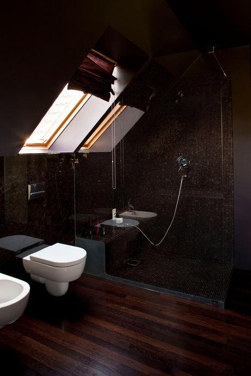 Jeżewska & Zakrawacz 現代浴室設計點子、靈感&圖片