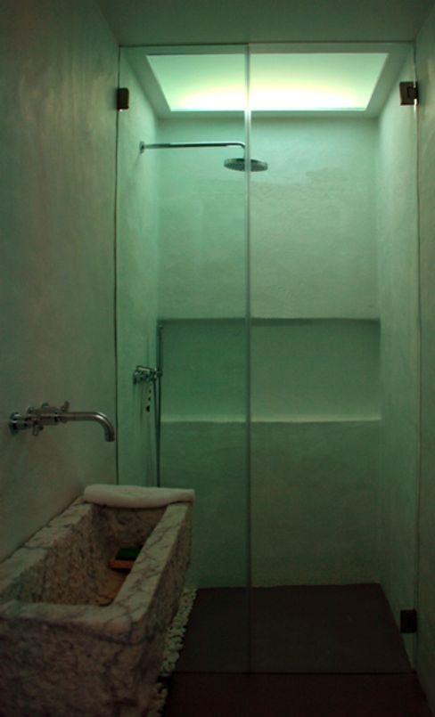 Visual Stimuli 現代浴室設計點子、靈感&圖片