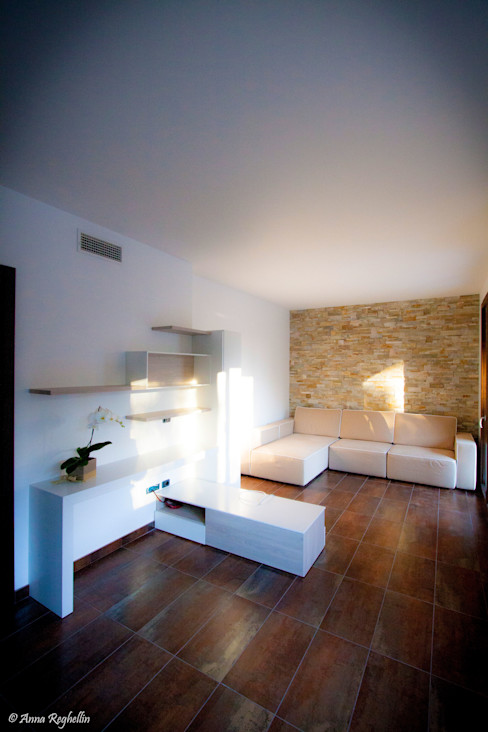 Studio HAUS Modern living room