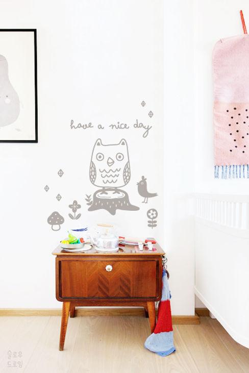 슬로우드로잉 嬰兒/兒童房裝飾品 紙 White