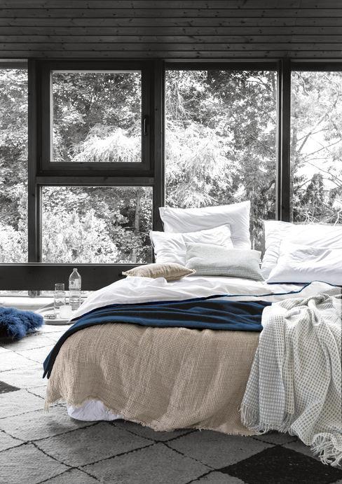 'zoeppritz since 1828' Modern Bedroom