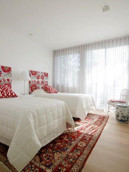 Avalon House Greg Natale Design Modern style bedroom