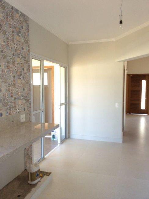 Cozinha Integrada à Sala Jantar Vanda Carobrezzi - Design de Interiores Cozinhas rústicas