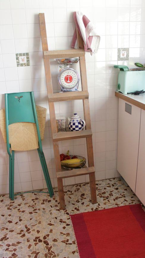 Irtem KitchenCabinets & shelves