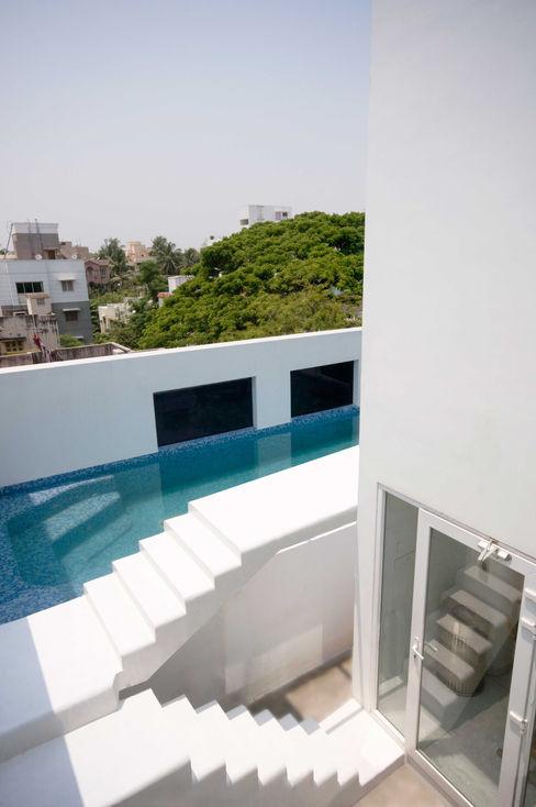S-House SDeG Modern pool