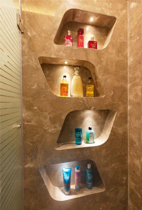 SDA designs Eclectic style bathroom