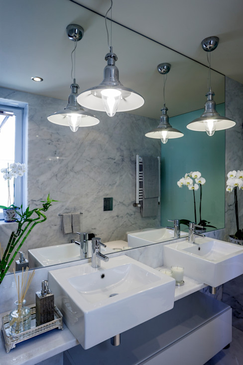 Atelier Susana Camelo Modern bathroom White