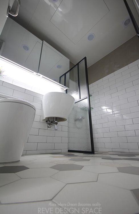 디자인스튜디오 레브 Modern style bathrooms
