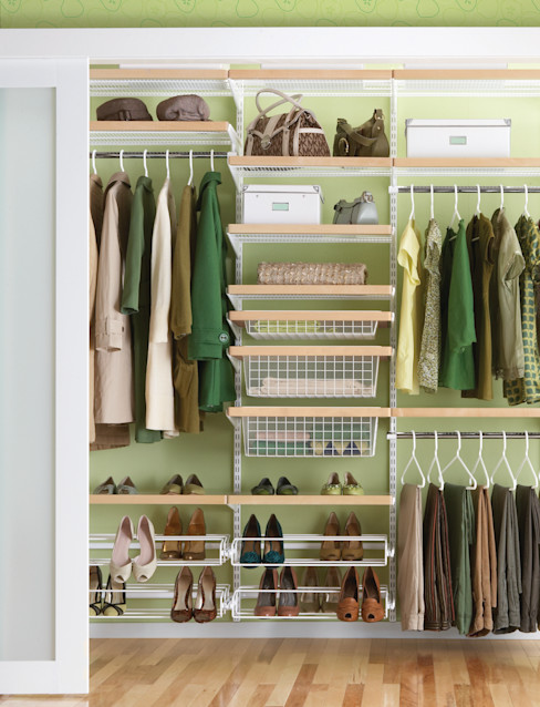 Elfa Deutschland GmbH Scandinavian style dressing room Wood-Plastic Composite Wood effect