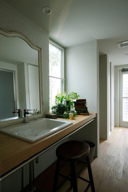 House in Minami Kounoike Mimasis Design/ミメイシス デザイン モダンスタイルの お風呂