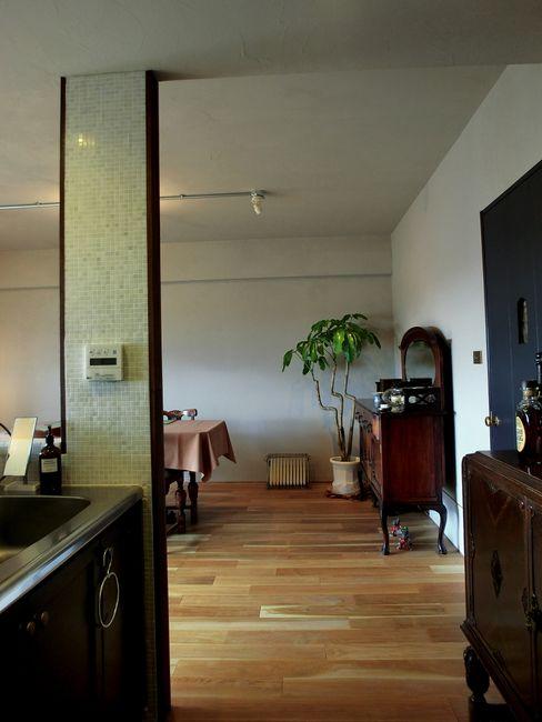 Mimasis Design/ミメイシス デザイン Living room Brown