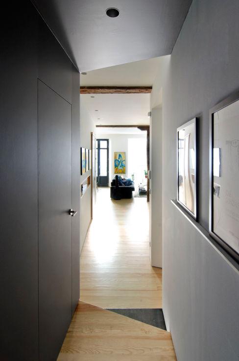 Reforma vivienda Garmendia Cordero arquitectos Pasillos, vestíbulos y escaleras de estilo moderno
