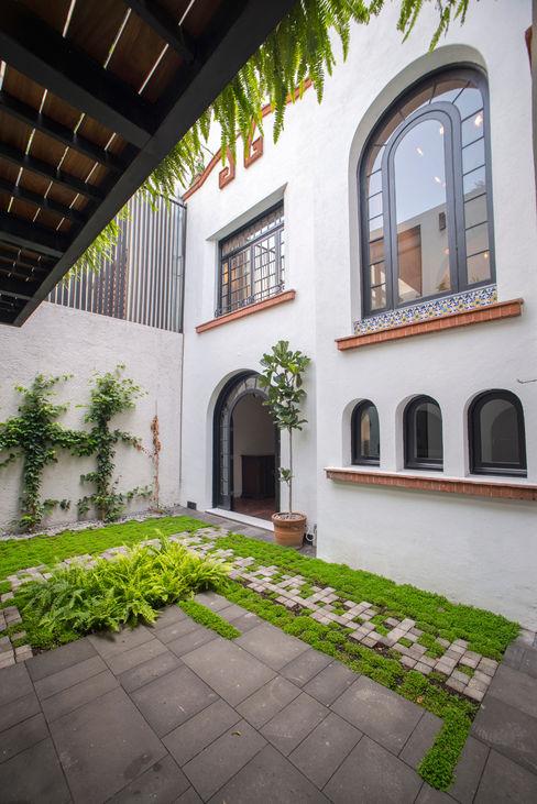 TW/A Architectural Group Modern Garden