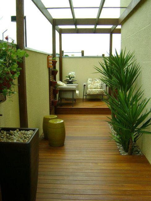 MC3 Arquitetura . Paisagismo . Interiores Jardines de estilo moderno