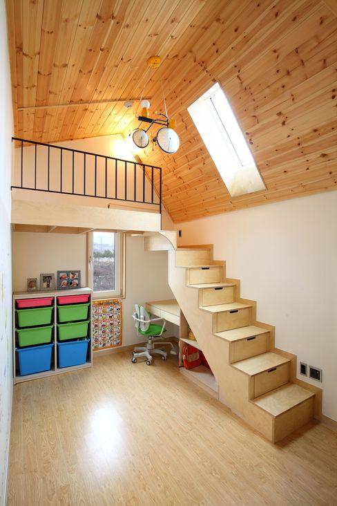 위드하임 Withheim Pasillos, vestíbulos y escaleras modernos
