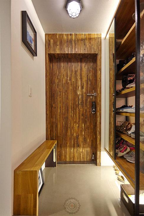 homify industrial style corridor, hallway & stairs