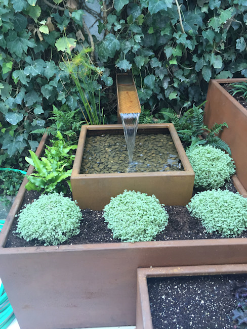 Fuente en acero corten Irati Proyectos Jardines modernos