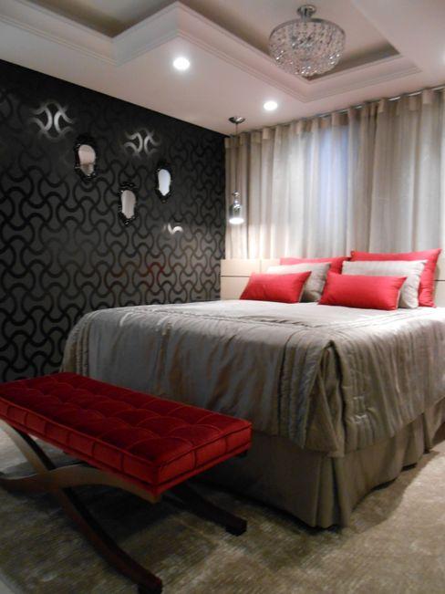 suíte master - vermelho, preto, branco, cinza e bege Mariana Von Kruger Modern Bedroom