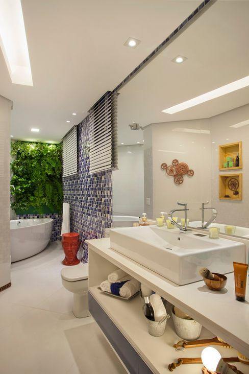 Mericia Caldas Arquitetura 모던스타일 욕실