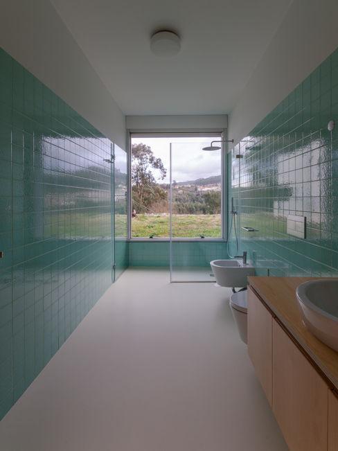 olgafeio.arquitectura Baños de estilo minimalista