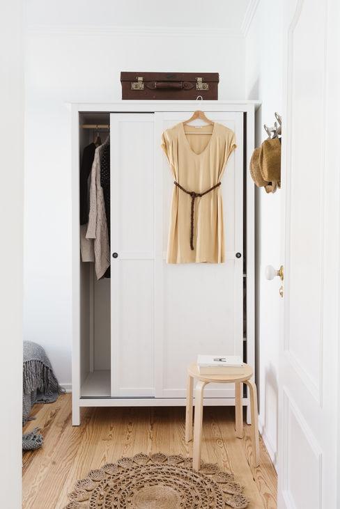 Architect Your Home Vestidores y placares de estilo moderno