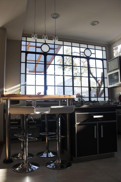 laura zilinski arquitecta 現代廚房設計點子、靈感&圖片